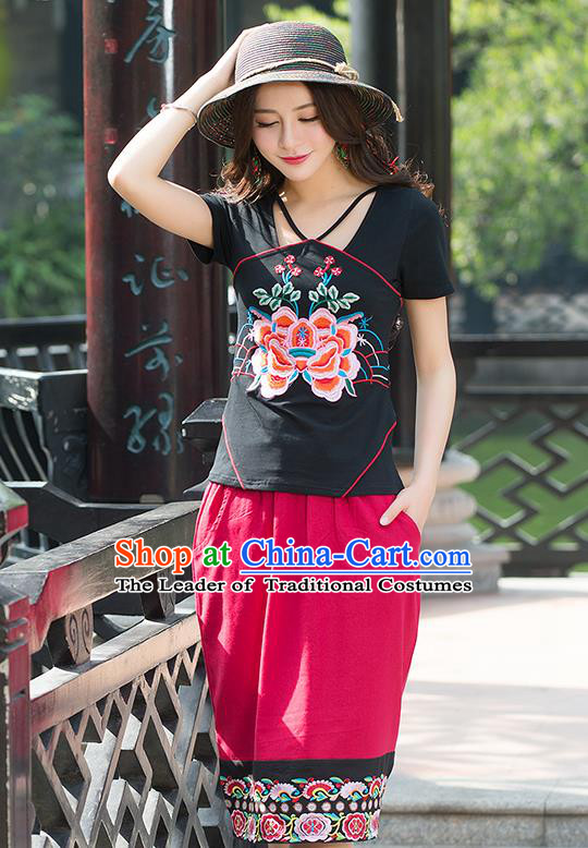 Traditional Chinese National Costume, Elegant Hanfu Embroidery Flowers Condole Belt Chinese-Style Chest Covering Black T-Shirt, China Tang Suit Republic of China Plated Buttons Blouse Cheongsam Upper Outer Garment Qipao Shirts Clothing for Women