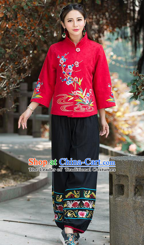 Traditional Chinese National Costume, Elegant Hanfu Embroidery Flowers Slant Opening Red Coat, China Tang Suit Republic of China Plated Buttons Blouse Cheongsam Upper Outer Garment Qipao Jacket Clothing for Women