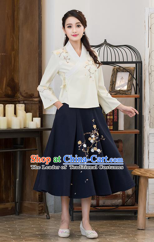 Traditional Chinese National Costume, Elegant Hanfu Embroidery Slant Opening Apricot Shirt, China Tang Suit Republic of China Blouse Cheongsam Upper Outer Garment Qipao Shirts Clothing for Women