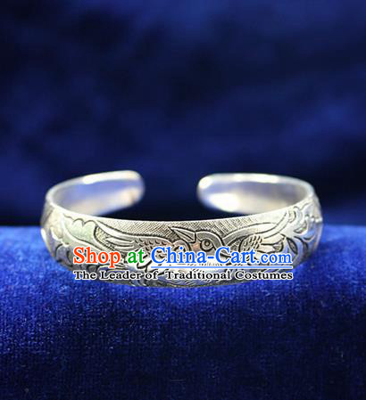 Traditional Chinese Miao Nationality Crafts Jewelry Accessory Bangle, Hmong Handmade Miao Silver Classical Chinese Phoenix Bracelet, Miao Ethnic Minority Silver Bracelet Accessories for Women