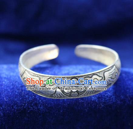 Traditional Chinese Miao Nationality Crafts Jewelry Accessory Bangle, Hmong Handmade Miao Silver Birds Bracelet, Miao Ethnic Minority Silver Bracelet Accessories for Women