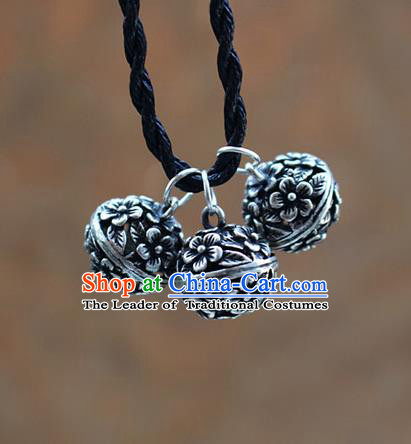 Traditional Chinese Miao Nationality Crafts Jewelry Accessory, Hmong Handmade Miao Silver Bells Pendant, Miao Ethnic Minority Necklace Accessories Sweater Chain Pendant for Women