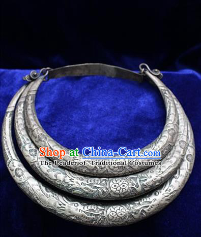 Traditional Chinese Miao Nationality Crafts Jewelry Accessory Necklace, Hmong Handmade Miao Silver Palace Lady Torque, Miao Ethnic Minority Dragon Collar for Women