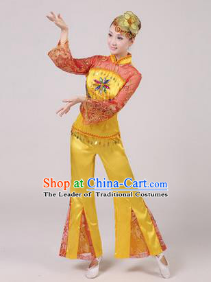 Traditional Chinese Yangge Fan Dancing Costume, Folk Dance Yangko Paillette Dress Costume, Classic Dance Drum Dance Yellow Embroidered Clothing for Women