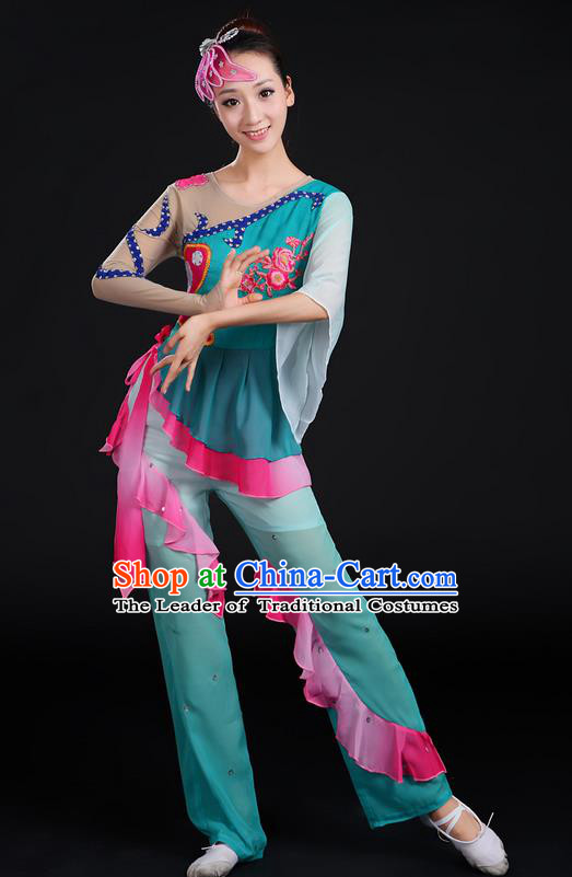 Traditional Chinese Yangge Fan Dancing Costume, Folk Dance Yangko Paillette Flowers Uniforms, Classic Dance Dress Drum Dance Dark Blue Clothing for Women