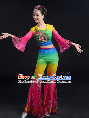 Traditional Chinese Yangge Fan Dancing Costume, Folk Dance Yangko Mandarin Sleeve Paillette Uniforms, Classic Dance Elegant Dress Drum Dance Embroidered Peony Clothing for Women