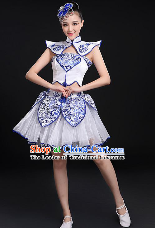 Traditional Chinese Yangge Fan Dancing Costume, Folk Dance Yangko Blue and White Porcelain Uniforms, Classic Umbrella Dance Elegant Dress Drum Dance Clothing for Women