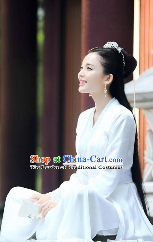 Traditional Ancient Chinese Imperial Princess Costume, Elegant Hanfu Swordsman Clothing, Chinese Ancient Aristocratic Lady Embroidered Clothing for Women