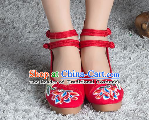 Traditional Chinese Shoes, China Handmade Linen Embroidered Peony Flowers Red High-heeled Shoes, Ancient Princess Cloth Shoes for Women