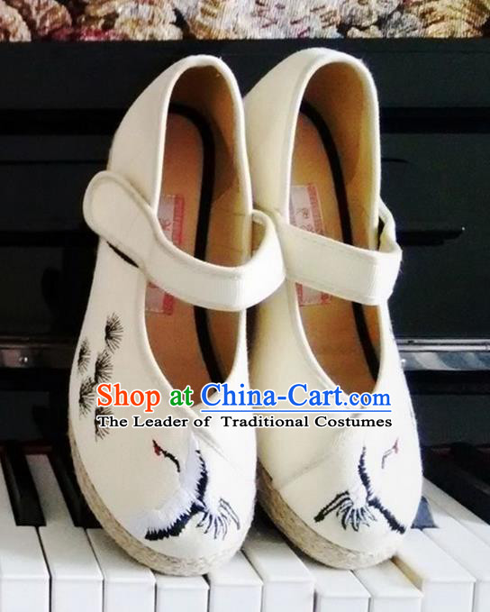 Traditional Chinese Ancient Shoes, China Handmade Embroidered Longevity Crane Beige Shoes, Ancient Princess Shoes for Women