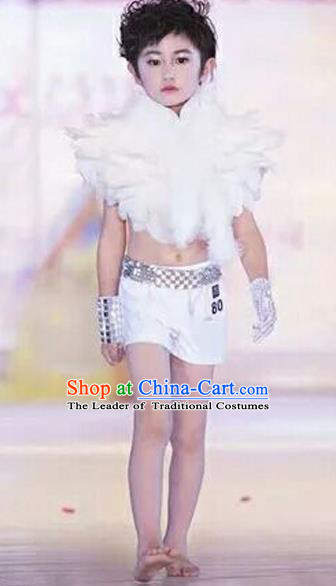 Top Grade Compere Professional Performance Catwalks Swimsuit Costume, Children Chorus White Feather Formal Dress Modern Dance Modern Fancywork Clothing for Boys Kids