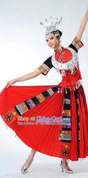 Traditional Chinese Miao Nationality Dancing Costume, Hmong Female Folk Dance Ethnic Red Pleated Skirt, Chinese Minority Nationality Embroidery Costume for Women