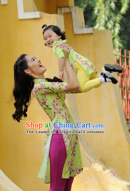 Top Grade Asian Vietnamese Traditional Dress, Vietnam National Farmwife Ao Dai Dress, Vietnam Green Ao Dai Cheongsam Mother-child Dress Clothing for Woman