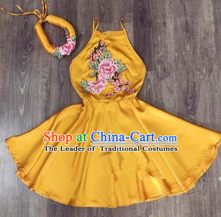 Traditional Top Grade Asian Vietnamese Costumes Dance Dress, Vietnam National Female Handmade Embroidery Flowers Yellow Bellyband Ao Dai Dress Cheongsam Clothing for Women