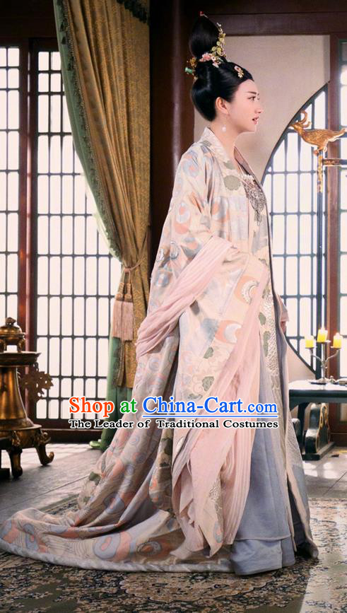 Traditional Chinese Ancient Princess Consort Costumes and Handmade Headpiece Complete Set, The Glory of Tang Dynasty Senior Concubine Trailing Dress Clothing for Women