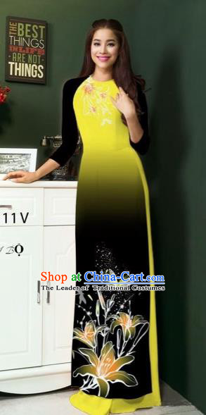 Traditional Top Grade Asian Vietnamese Costumes Classical Printing Greenish Lily Flowers Full Dress, Vietnam National Ao Dai Dress Green Etiquette Qipao for Women