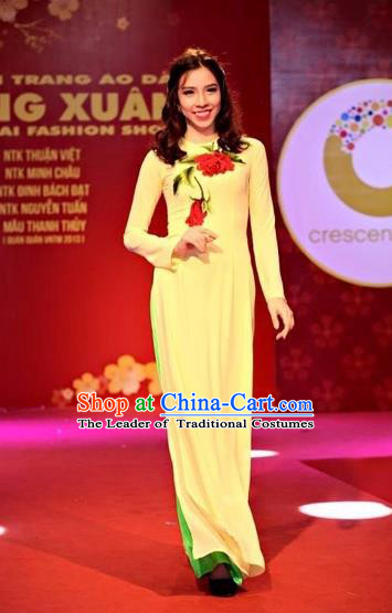 Traditional Top Grade Asian Vietnamese Costumes Classical Hand Printing Wedding Full Dress, Vietnam National Ao Dai Dress Yellow Qipao for Women