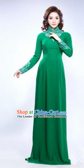 Traditional Top Grade Asian Vietnamese Costumes Classical Hand Embroidery Full Dress and Loose Pants, Vietnam National Ao Dai Dress Green Qipao for Women