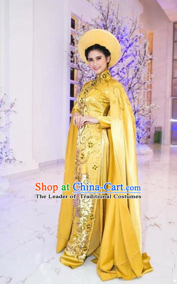 Traditional Top Grade Asian Vietnamese Costumes Classical Full Dress with Cloak, Vietnam National Ao Dai Dress Catwalks Debutante Queen Golden Qipao for Women