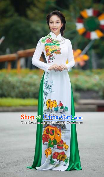 Traditional Top Grade Asian Vietnamese Costumes Classical Printing Full Dress, Vietnam National Ao Dai Dress Catwalks Debutante White Qipao for Women