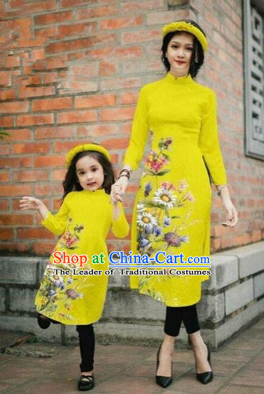 Traditional Top Grade Asian Vietnamese Costumes Classical Printing Daisy Flowers Yellow Cheongsam, Vietnam National Mother-daughter Ao Dai Dress for Women for Kids