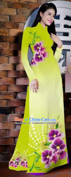 Traditional Top Grade Asian Vietnamese Costumes Classical Painting Flowers Kelly Cheongsam, Vietnam National Vietnamese Young Lady Bride Wedding Ao Dai Dress