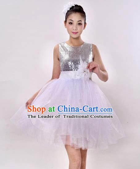 Top Grade Professional Performance Catwalks Costume, China Chorus Compere Modern Dance Dress Paillette White Veil Bubble Dress for Women