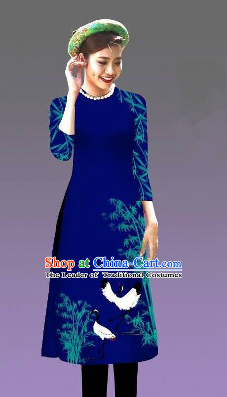 Top Grade Asian Vietnamese Costumes Classical Jing Nationality Crane Pattern Short Cheongsam, Vietnam National Clothing Bride Traditional Royalblue Ao Dai Dress