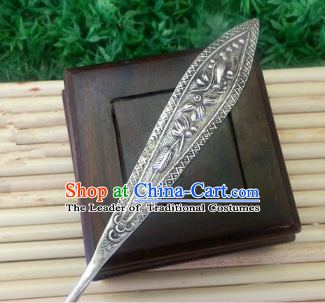 Traditional Chinese Ancient Classical Handmade Hair Accessories Hanfu Headwear Palace Silver Hairpin for Women