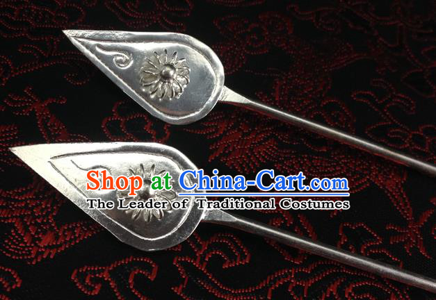 Traditional Handmade Chinese Ancient Classical Hair Accessories Miao Silver Barrettes Flower Hairpin Hair Fascinators for Women