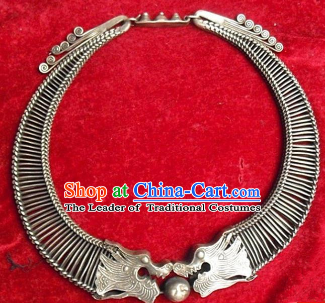 Traditional Handmade Chinese Ancient Classical Miao Nationality Accessories Sliver Necklace, Hmong Necklet for Women