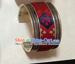 Traditional Chinese Miao Nationality Accessories Bracelet, Hmong Female Ethnic Pure Sliver Embroidery Bangle for Women