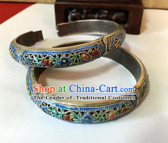 Traditional Chinese Miao Nationality Accessories Blueing Bracelet, Hmong Female Ethnic Pure Sliver Chasing Technique Bangle for Women