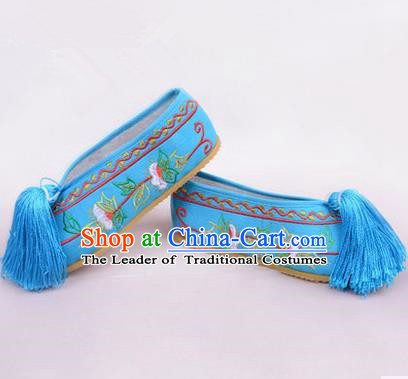Chinese Ancient Peking Opera Young Lady Embroidered Hua Tan Shoes, Traditional China Beijing Princess Opera Blue Embroidered Shoes