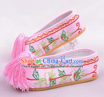 Chinese Ancient Peking Opera Young Lady Embroidered Hua Tan Shoes, Traditional China Beijing Princess Opera Pink Embroidered Shoes