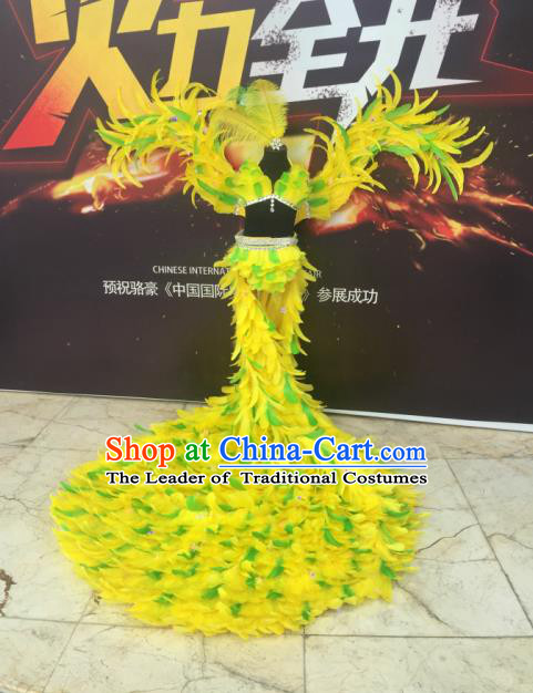 Top Grade Professional Performance Catwalks Bikini Costume and Headpiece, Traditional Brazilian Rio Carnival Samba Modern Fancywork Yellow Feather Swimsuit for Women