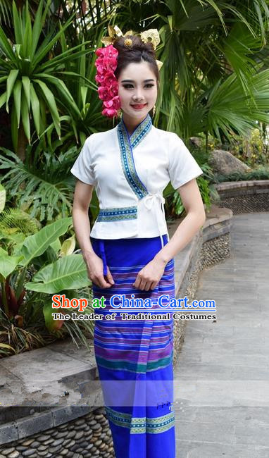 Traditional Traditional Thailand Princess Clothing, Southeast Asia Thai Ancient Costumes Dai Nationality Blue Sari Dress for Women
