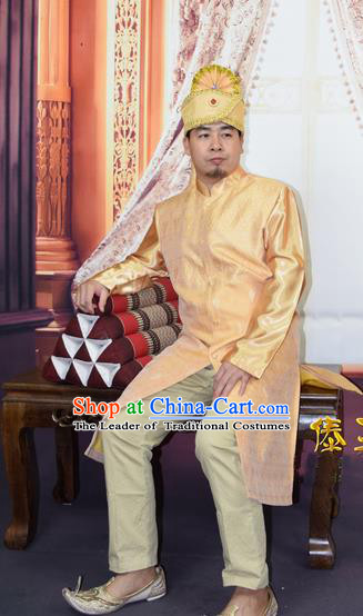 Traditional Traditional Thailand Male Clothing, Southeast Asia Thai Ancient Costumes Dai Nationality Golden Long Robe Dust Coat for Men