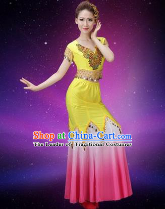 Traditional Chinese Dai Nationality Peacock Dance Costume, Folk Dance Ethnic Pavane Clothing, Chinese Minority Nationality Dance Fishtail Yellow Dress for Women