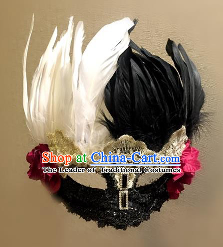 Top Grade Chinese Theatrical Traditional Ornamental White and Black Feather Mask, Brazilian Carnival Halloween Occasions Handmade Vintage Lace Mask for Women
