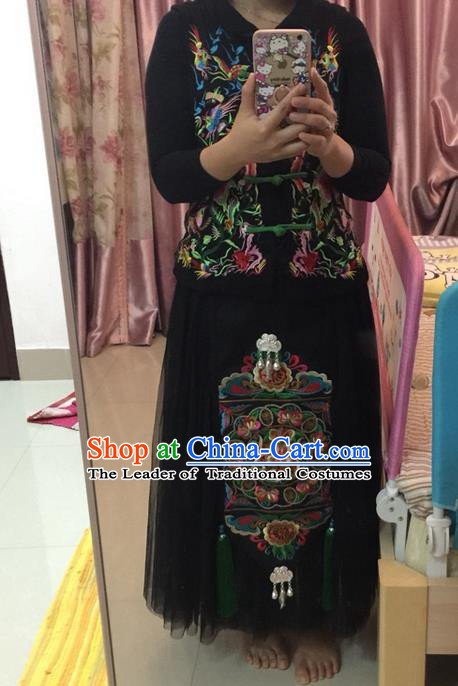 Traditional Chinese National Costume Half Skirt, Elegant Hanfu China Miao Nationality Embroidered Squares for Women