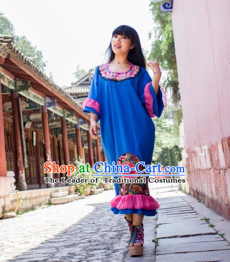 Traditional Chinese National Costume Long Dress, Elegant Hanfu China Miao Nationality Embroidered Blue Dress for Women