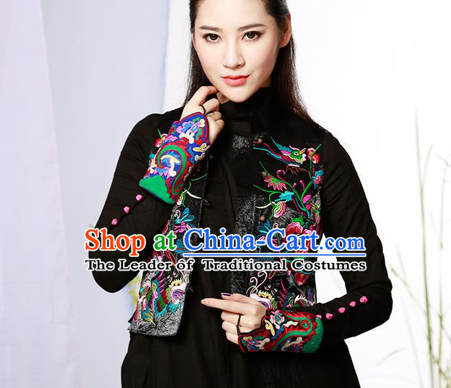 Traditional Ancient Chinese National Costume, Elegant Hanfu Shirt, China Tang Suit Embroidery Undergarment Blouse Black Vest Clothing for Women