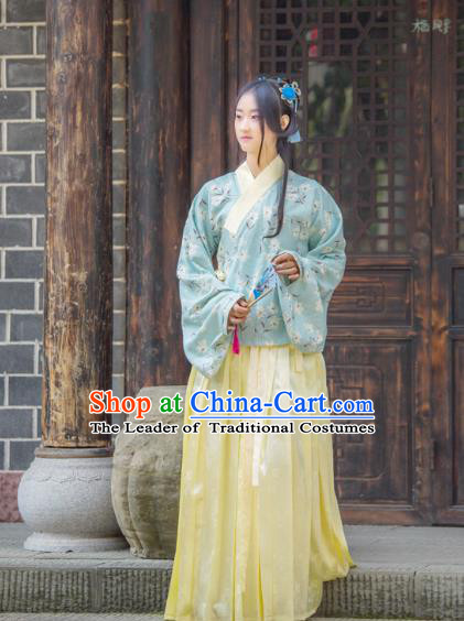 Traditional Chinese Ming Dynasty Imperial Princess Hanfu Costume, China Ancient Dress Palace Princess Peri Printing Clothing for Women