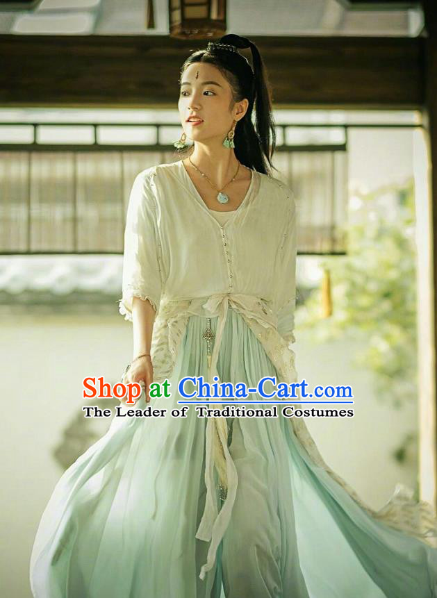 Traditional Chinese Ancient Times Swordswoman Fairy Costume and Headpiece Complete Set, Xuan-Yuan Sword Legend: The Clouds of Han Chinese Chivalrous Women Hanfu Dress