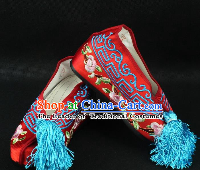 Traditional China Beijing Opera Hua Tan Diva Embroidered Shoes, Ancient Chinese Peking Opera Young Lady Red Princess Blood Stained Shoes