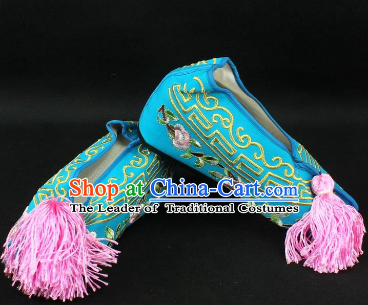 Traditional China Beijing Opera Hua Tan Diva Embroidered Shoes, Ancient Chinese Peking Opera Young Lady Princess Blue Blood Stained Shoes
