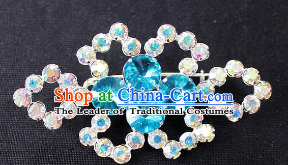 Traditional China Beijing Opera Young Lady Jewelry Accessories Collar Brooch, Ancient Chinese Peking Opera Hua Tan Diva Blue Colorful Crystal Breastpin