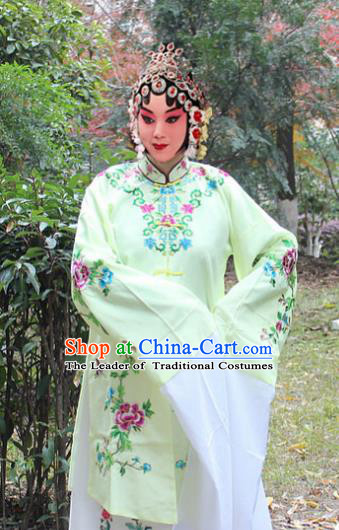 Traditional China Beijing Opera Young Lady Hua Tan Costume Green Embroidered Shawl, Ancient Chinese Peking Opera Female Diva Embroidery Dress Clothing