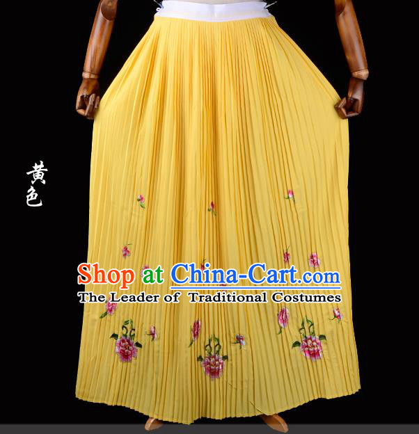 Traditional China Beijing Opera Young Lady Hua Tan Costume Female Embroidered Yellow Pleated Skirt, Ancient Chinese Peking Opera Diva Embroidery Peony Dress Bust Skirt
